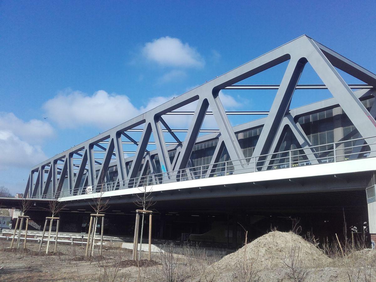 Neue Innenring-Brücke am Bahnhof Schöneberg